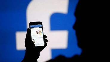 Facebook a versé des millions d'euros à certains grands médias français