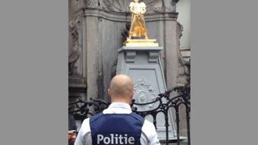La statue remplaçant Manneken Pis en garde à vue: l'artiste russe Petro la réclame à la police
