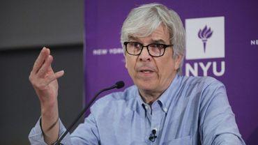 Le co-lauréat du 50e prix Nobel d'économie, Paul Romer, lors d'une conférence de presse à New York le 8 octobre 2018.