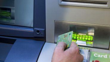 Plus de 500 distributeurs automatiques supprimés sur trois ans en Belgique