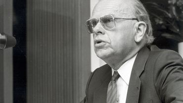 Suite au décès de Robert Wangermée, ancien administrateur général de la RTBF, La Trois modifie sa programmation ce soir.