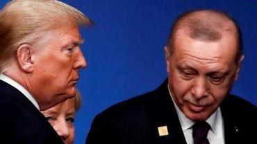"""Trump a mis en garde Erdogan contre toute """"interférence étrangère"""" en Libye"""