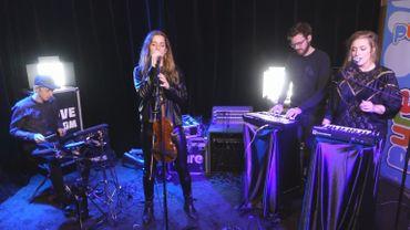 Bonus vidéo: Tsar B en session live