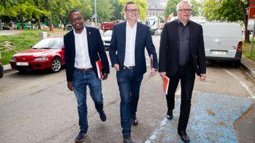 Germain Mugemangango,  Raoul Hedebouw et Peter Mertens du PTB/PVDA.