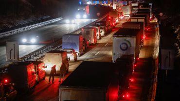 Coronavirus: embouteillages de plusieurs kilomètres à la frontière germano-tchèque