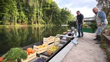 Misant sur l'originalité du projet, soutenu par la municipalité, Christophe Moegling a obtenu les autorisations du gestionnaire des voies navigables de l'Ill.