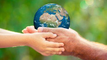 Ca commence par moi... 365 façons de changer le monde !