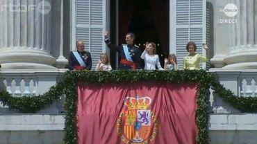 Juan Carlos et son épouse ont brièvement rejoint le nouveau couple royal.