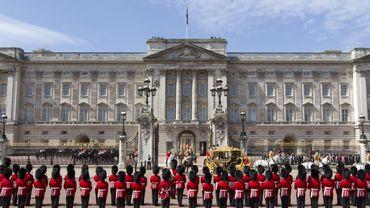 Buckingham Palace veut s'offrir un lifting de 431 millions d'euros