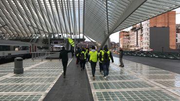 La marche des gilets jaunes a notamment traversé la gare des Guillemins