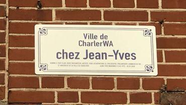 """Un nouvel hommage à Jean-Yves Wargnies sur """"sa"""" place à Charleroi"""