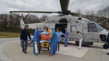 Un 1er patient a été accueilli dès mardi après-midi. Les 3 autres sont arrivés le lendemain, dont deux en hélicoptère.