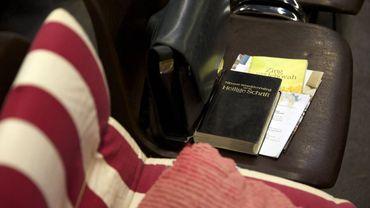 """""""Une enquête est nécessaire sur des abus sexuels sur mineurs au sein des témoins de Jéhovah"""""""