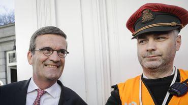 Bernard Gilliot, président de la FEB (à gauche).