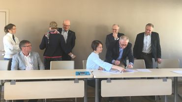Signature de la charte pour un PGUI