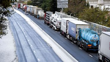 Neige: les camions ne pourront plus circuler en France à partir de 18h