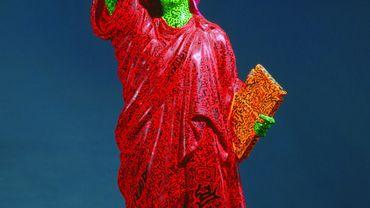 Statue of Liberty de Keith Haring (collaboration avec LA II), datée de 1982 et issue de la Collection de la famille Rubell à Miami avait fait le voyage jusqu'à Paris