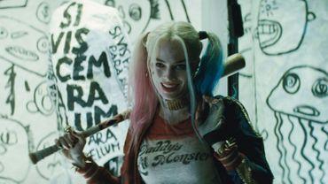 Harley Quinn aura bientôt droit à son propre film produit par Warner Bros.