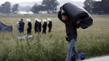Réfugiés: Amnesty conteste la légalité du renvoi par l'UE vers la Turquie