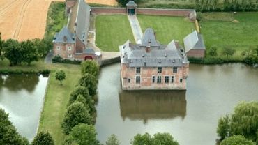 Fernelmont, la commune aux 8 châteaux !