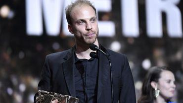 """Le réalisateur Rémi Allier, recevant le 22 février dernier le César du Meilleur court-métrage, pour """"Les Petites Mains""""."""