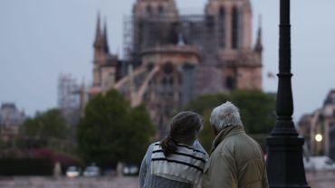 """Incendie à Notre-Dame de Paris : Il faudra """"des décennies"""" pour reconstruire Notre-Dame de Paris"""