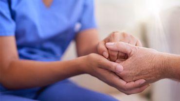 De toutes les professions analysées, les infirmières ont le plus grand risque de développer un cancer du sein (58%) si elles travaillaient le quart de nuit.