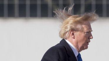 Donald Trump utilise de la laque, mais pas de perruque