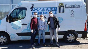 """Une """"wash mobile"""" en rue pour protéger les sans-abris du coronavirus"""