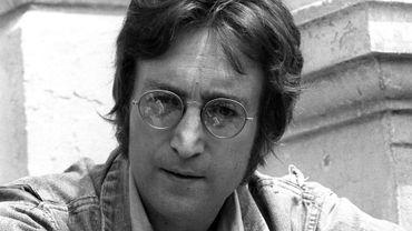 Les polices d'écriture de John Lennon et Serge Gainsbourg censurées