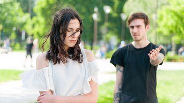 Les jeunes Américaines subissent des pressions de leur partenaire pour tomber enceintes.