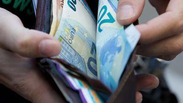 Le revenu moyen des Belges s'élevait à 17.698 euros en 2015