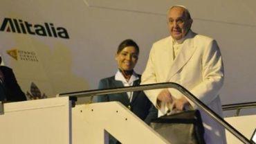 Le pape François arrive au Sri Lanka pour une visite de deux jours