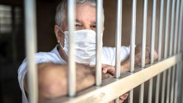 122.000 masques buccaux ont été fabriqués dans les prisons belges pour lutter contre le coronavirus