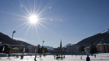 Coronavirus : un millier nouveaux cas en Suisse ces dernières 24 heures