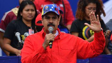 Venezuela: le président Maduro pour des législatives anticipées cette année