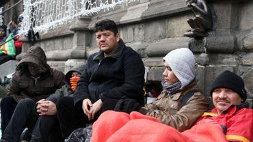 Après leur sit-in a Mons, les sans-papiers afghans rencontrent Maggie De Block et Elio Di Rupo ce 24 décembre