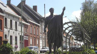 Illustration : la statue de Jules César - Zottegem - Velzeke