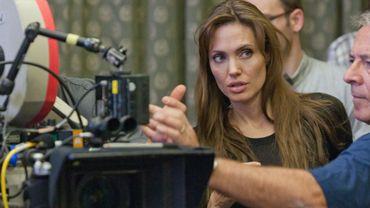 "Angelina Jolie immortalise la vie de Louis Zamperini dans son nouveau film, ""Unbroken"""
