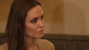 En Afghanistan où elle a fait ouvrir une école via son ONG, Angelina Jolie n'est absolument pas connue comme actrice