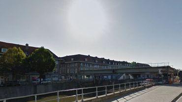 Le corps a été aperçu dans l'Escaut entre le Pont à Pont et le Pont levant Notre-Dame