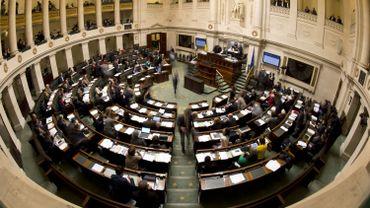 Le texte a été rejeté avec 97 voix pour et52 contre pour 149 députés présents.