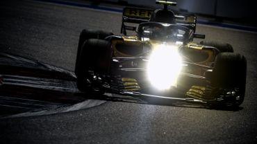 Artem Markelov en essais au volant de la Renault