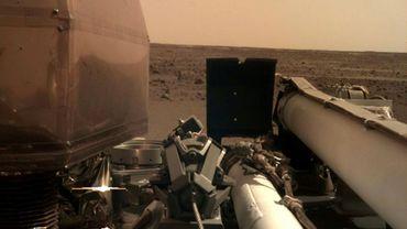 Photo prise par l'atterrisseur InSight de la Nasa sur Mars le 27 novembre 2018