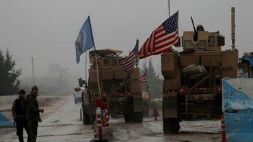 Des véhicules militaires américains à la base de Manbij en Syrie le 30 décembre 2018