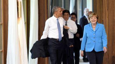 Obama et Merkel se sont entretenus en tête-à-tête en fin de matinée ce dimanche, affichant leur unité face à la Russie.