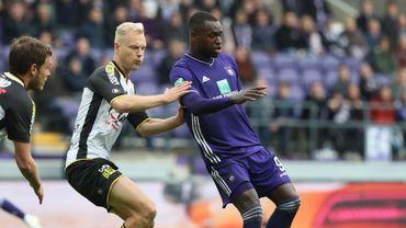 Anderlecht-Lokeren: 1-1, Dimata égalise après le but de Deschacht (LIVE audio et commenté)