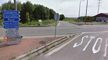 Les lieux de l'accident à la sortie/entrée de l'autoroute E42 à Courcelles