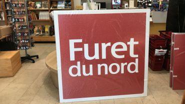 L'enseigne du Furet du Nord est déjà arrivé dans le magasin namurois. Elle sera accrochée demain matin