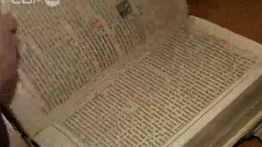 Près de 1500 Belges touchés par une vaste arnaque aux manuscrits anciens